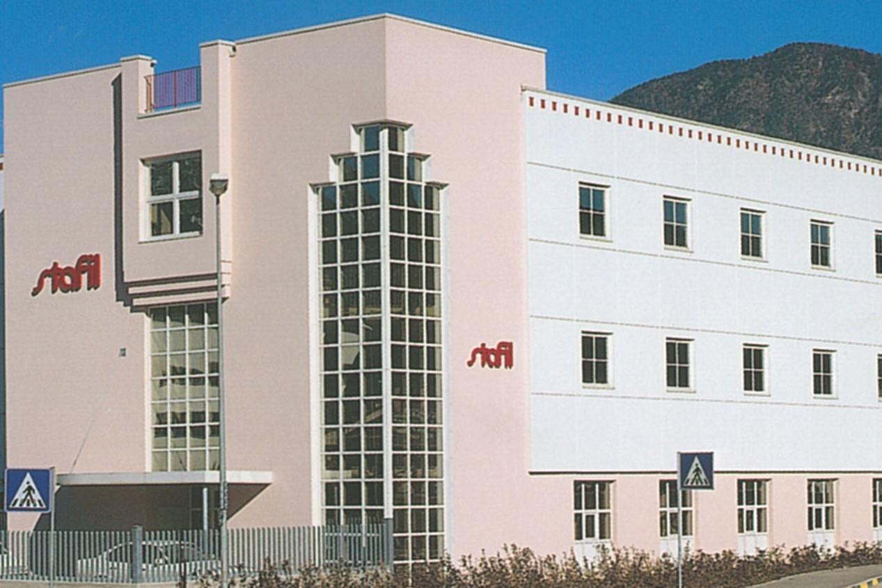 Stafil - Firmengelände via Altmann zu